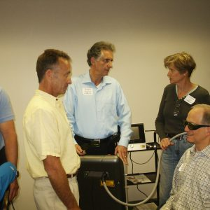 Hands-on with DCs learning laser therapy
